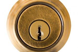 Abgebrochenen-Schlüssel aus Schloss entfernen