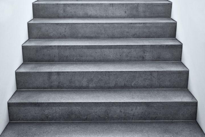 Außentreppe verputzen