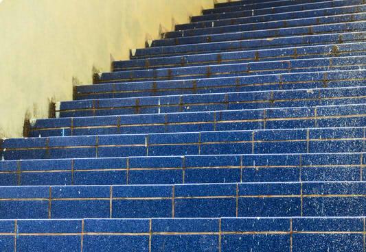 Außentreppe Fliesen Anleitung In Schritten - Kellertreppe fliesen anleitung