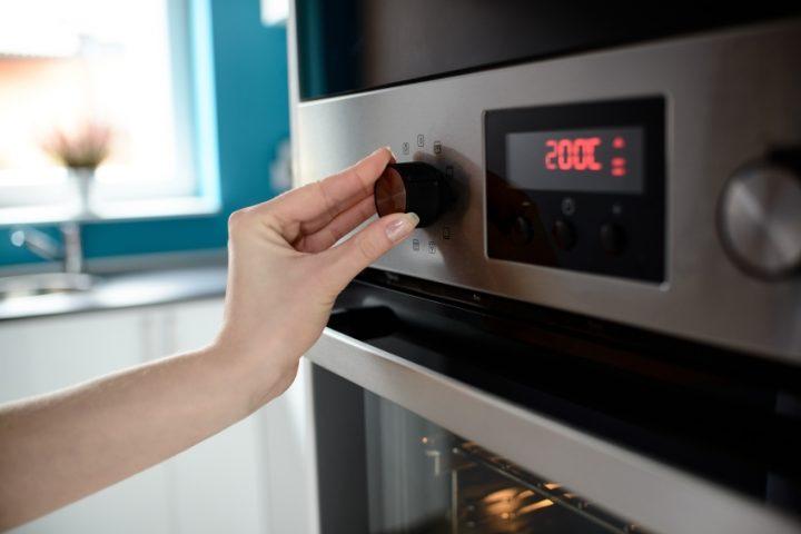 fladenb cker mit gas klimaanlage und heizung. Black Bedroom Furniture Sets. Home Design Ideas