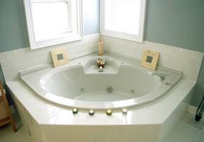 badewanne reparieren so wird die wanne wieder flott. Black Bedroom Furniture Sets. Home Design Ideas