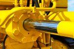 Bagger Hydrauliköl kontrollieren