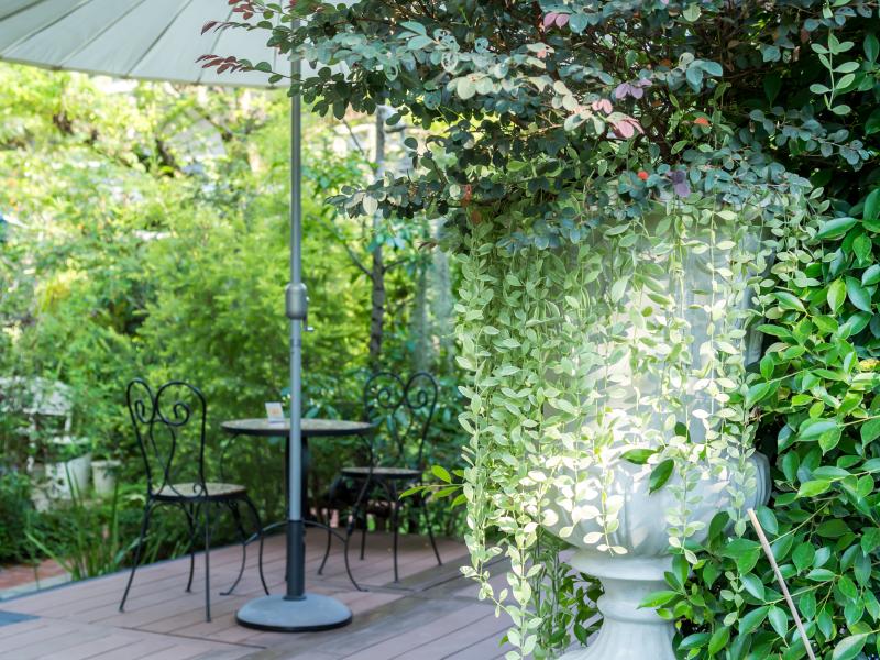 balkon deko tolle ideen f r die balkongestaltung. Black Bedroom Furniture Sets. Home Design Ideas