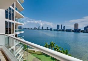 windschutz aus plexiglas f r den balkon alle infos. Black Bedroom Furniture Sets. Home Design Ideas
