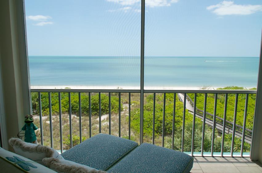 balkonnetz was es alles kann wo die grenzen liegen. Black Bedroom Furniture Sets. Home Design Ideas