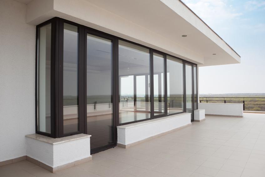 Balkontür  Balkontür austauschen » Anleitung in 4 Schritten