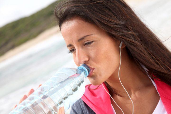 Basisches Aktivwasser
