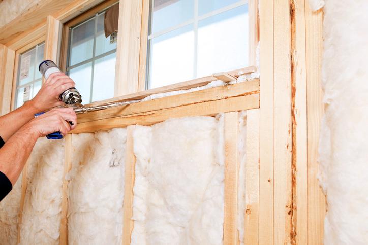 Mit Bauschaum Ein Fenster Abdichten Das Ist Zu Beachten