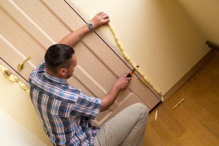 PU-Schaum Tür entfernen