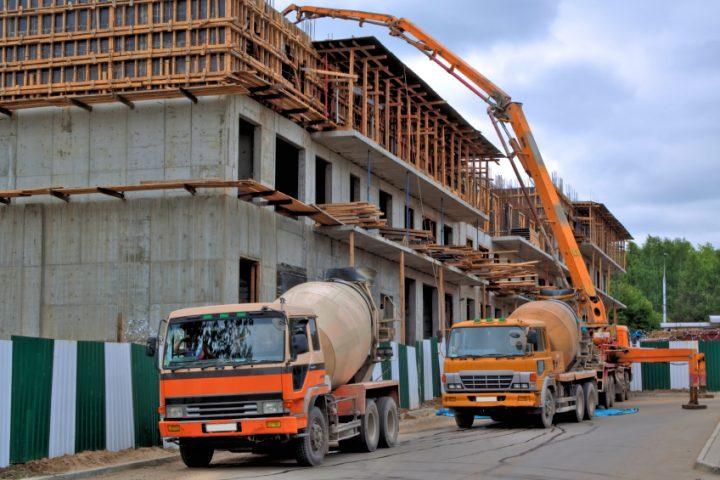 Beton gießen die Verschalung