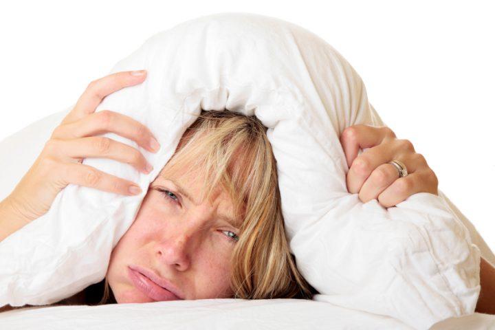 Bett macht Quietschgeräusche
