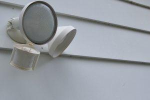 Bewegungsmelder oder Lichtschalter