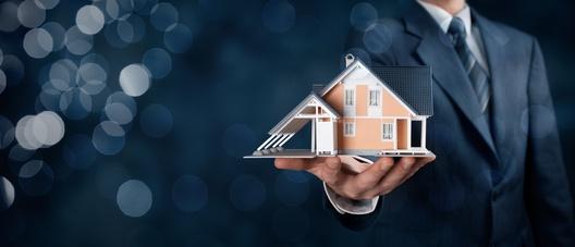 Nach wie vor sind Immobilien eine der beliebtesten Anlageformen und gelten als sichere Investition.