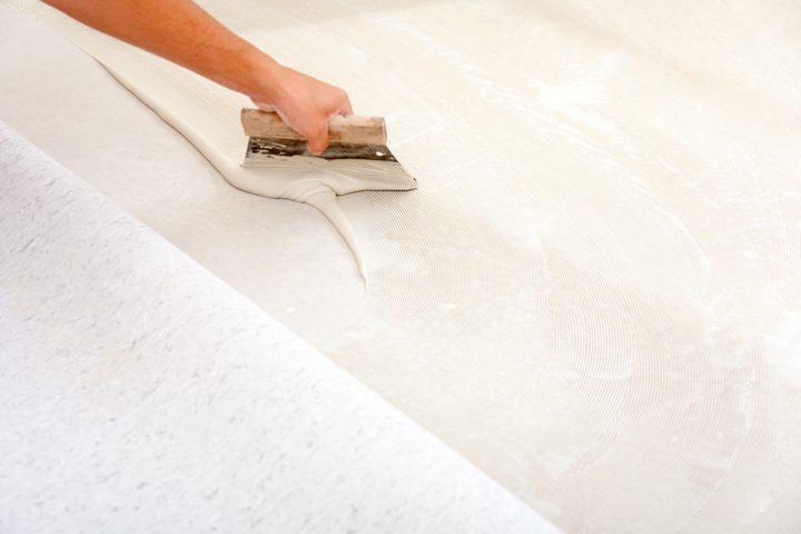 Fußboden Lose Verlegen ~ Bodenbelag verlegen anleitung in schritten