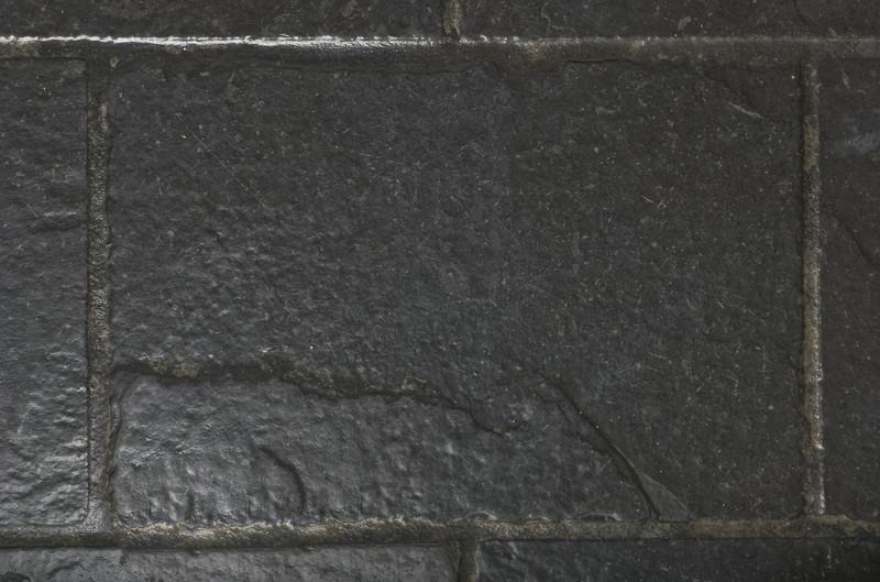 Fußboden Fliesen Zu Glatt ~ Bodenfliesen in anthrazit » preisspannen und tipps zum kauf
