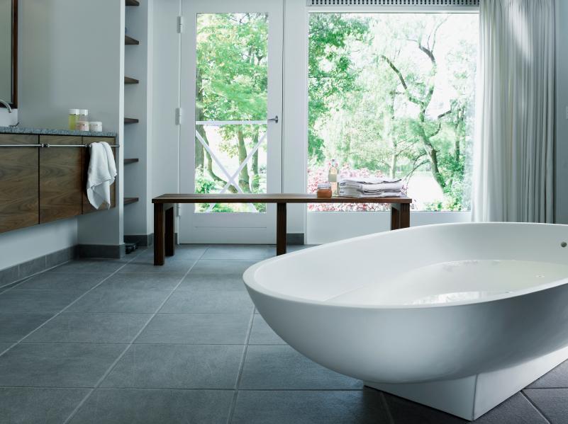 bodenfliesen auf fliesen kleben detaillierte anleitung. Black Bedroom Furniture Sets. Home Design Ideas