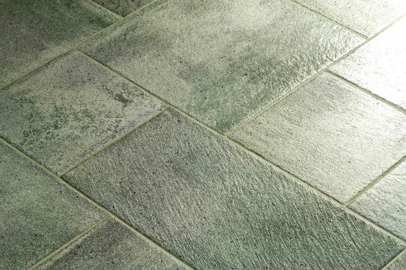 Grüne Fliesen Ideen Und Einsatzmöglichkeiten - Bodenfliesen glitzereffekt