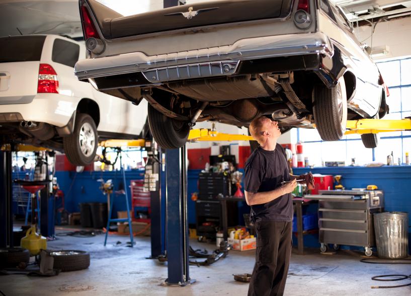 Bremsleitungen entrosten – wann ist das notwendig, und wie geht das?