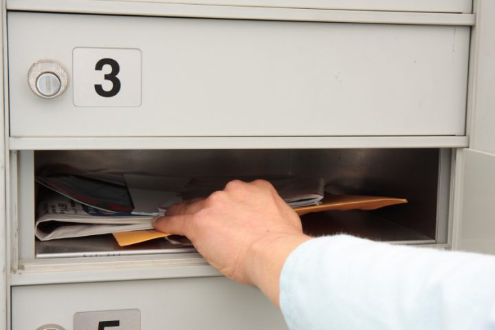 Briefkasten leeren