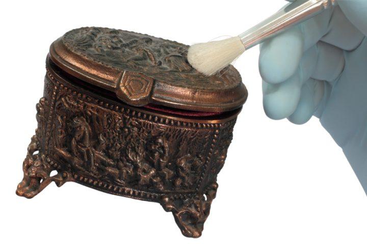Bronze Reinigung