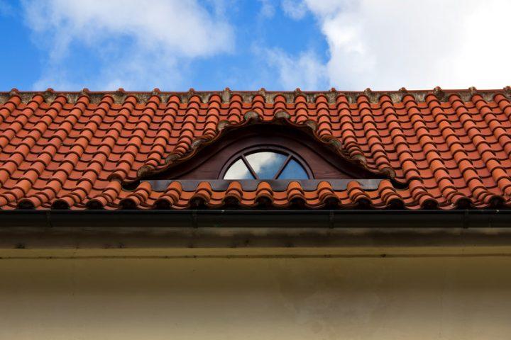 Dachüberstand streichen welche Farbe
