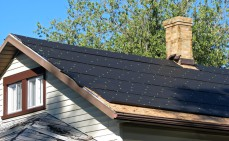 Dachdecken mit Dachpappe