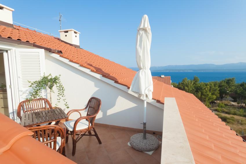 dachfenster mit dachbalkon » möglichkeiten, vorteile & mehr