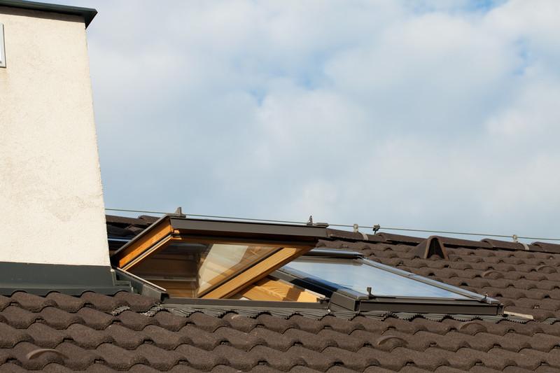 Dachfenster verkleiden innen latest das alte fenster wird - Dachfenster innenfutter selber bauen ...