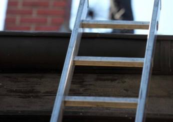 Dachleiter Für Schornsteinfeger : dachleiter f r kaminkehrer passende shops preise im berblick ~ Frokenaadalensverden.com Haus und Dekorationen