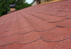 Dachpappe Schindeln verlegen