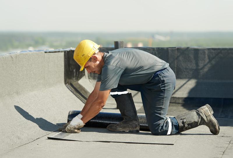 Dachpappe anbringen