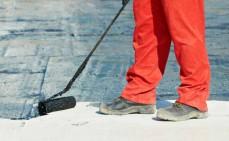 Dachpappe streichen