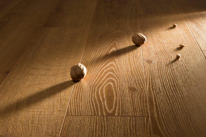 Holzfußboden Wachsen Oder ölen ~ Dielen ölen oder lackieren vor nachteile beider methoden