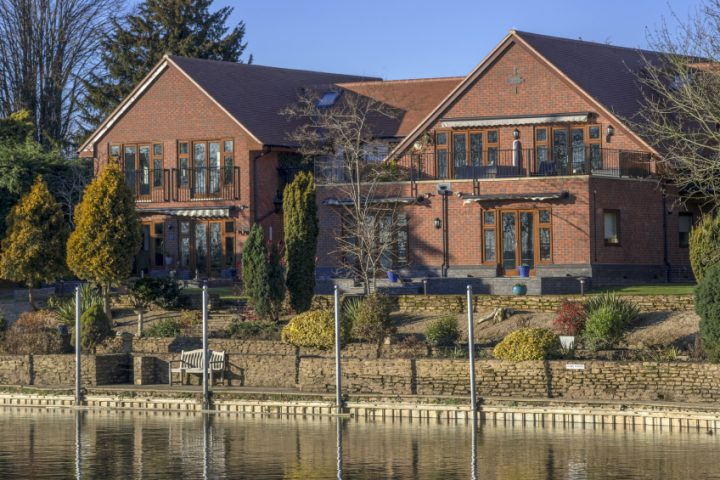 Doppelhaus massiv