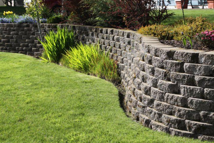 Stützmauer Drainage