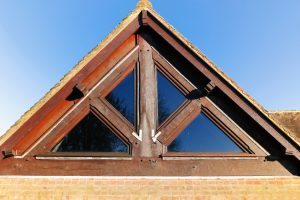 Dreiecksfenster öffnen