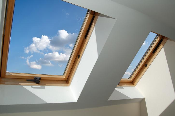 Einbruchschutz am dachfenster diese optionen gibt es - Dachfenster skylight ...
