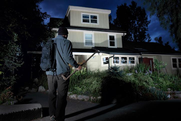 einbruchschutz f rs einfamilienhaus diese optionen gibt es. Black Bedroom Furniture Sets. Home Design Ideas