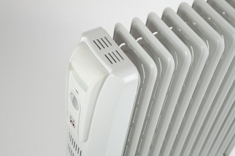 mit solarstrom heizen die vorteile und h rden auf einen blick. Black Bedroom Furniture Sets. Home Design Ideas