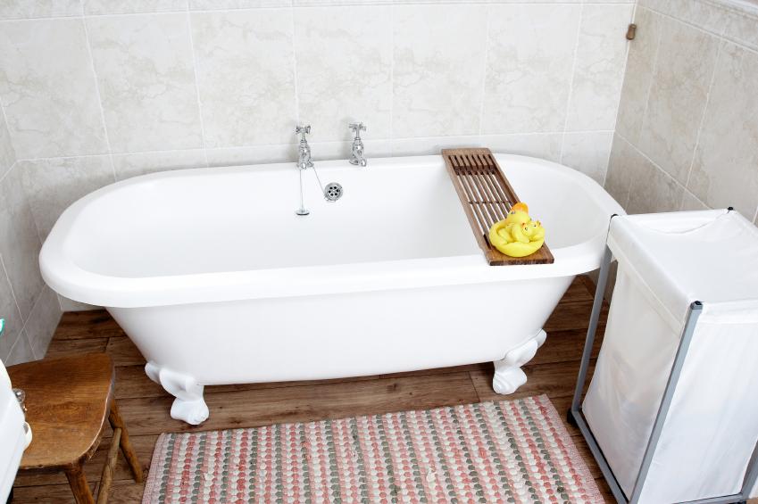 Super Emaille-Wanne reinigen » Das richtige Reinigungsmittel EU67