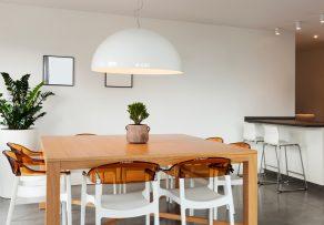 Wieviel Platz Pro Person Am Tisch : esstisch mit wie viel platz pro person ist zu rechnen ~ Watch28wear.com Haus und Dekorationen