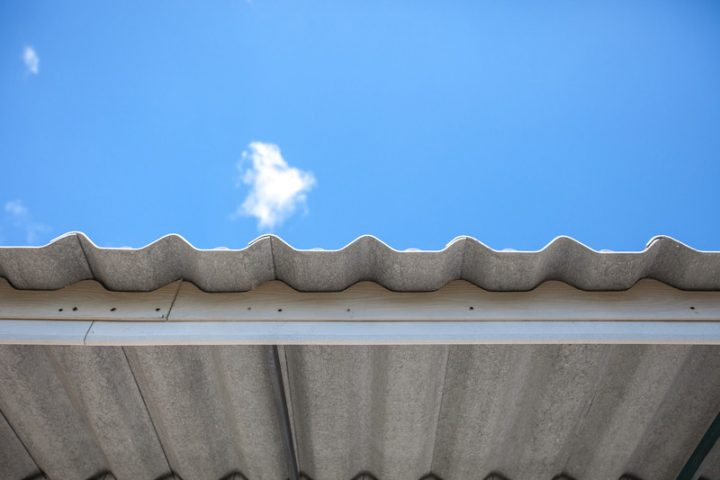 Eternit Dach streichen