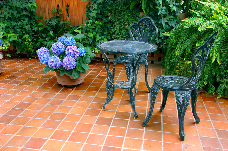 feinsteinzeug f r terrasse preise im berblick. Black Bedroom Furniture Sets. Home Design Ideas