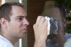 Fenster putzen mit Essig