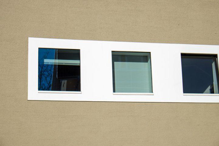 Fensterbank außen montieren