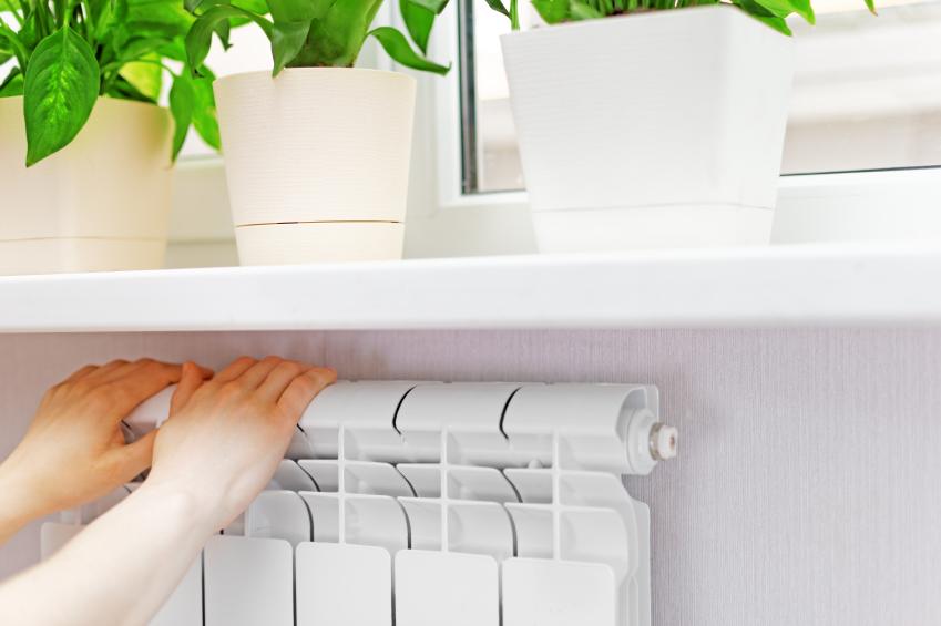 fensterbank auf heizung montieren anleitung in 3 schritten. Black Bedroom Furniture Sets. Home Design Ideas