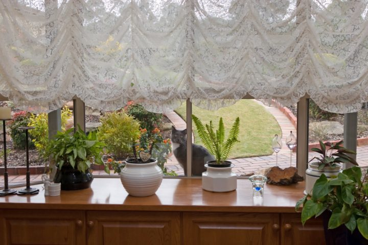 Fensterbank befestigen