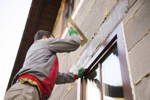 Fensterlaibung verputzen