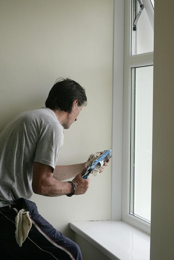fensterrahmen reparieren anleitung in 5 schritten. Black Bedroom Furniture Sets. Home Design Ideas