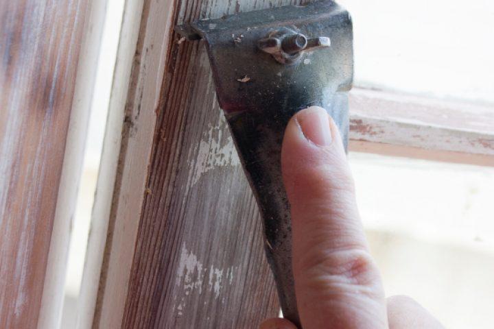 Fensterrahmen tapezieren